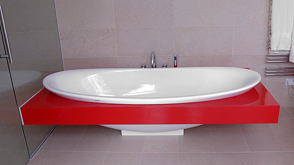 Badewannenverbau Farbausführung Hochglanz